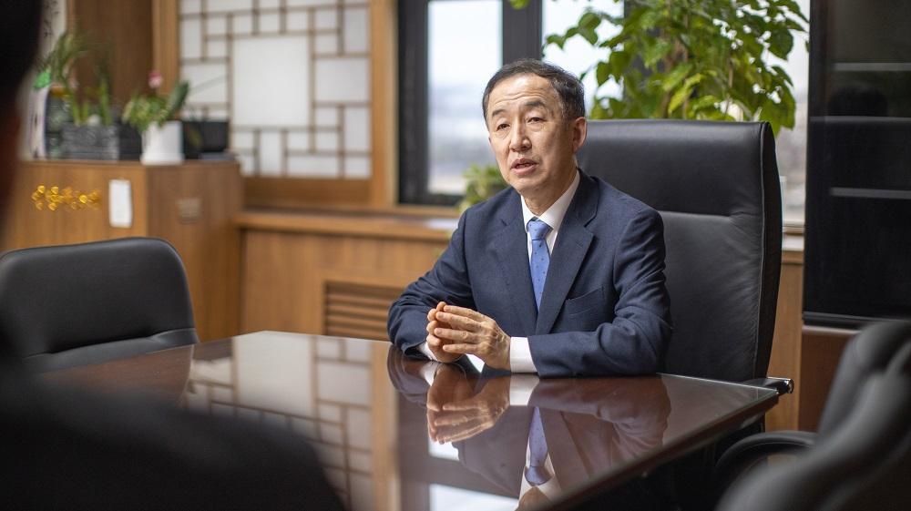 <사진> 김사열 위원장