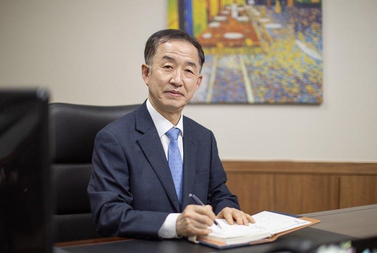 대통령직속 국가균형발전위원회 김사열위원장 사진